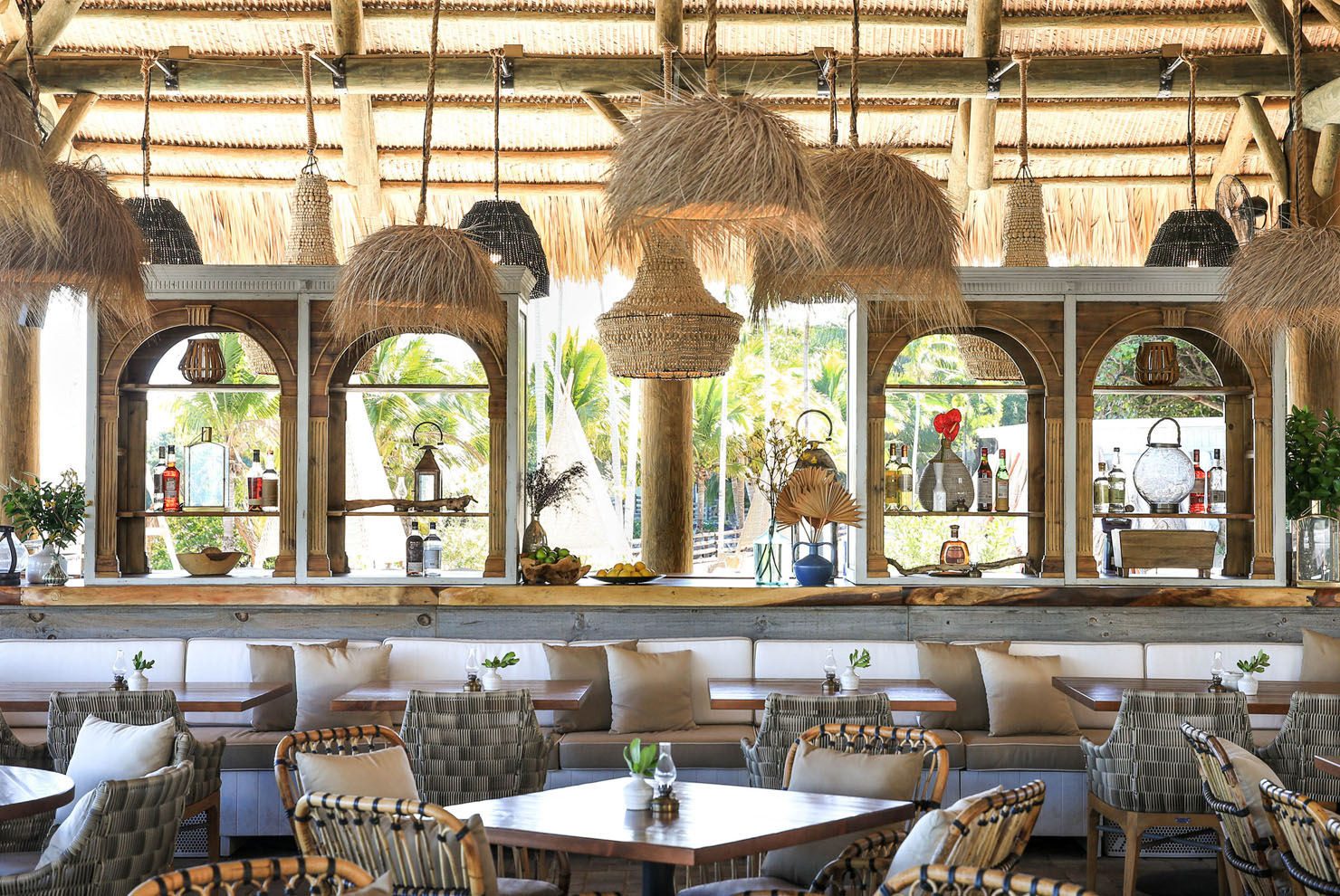 Joia Beach Dining With Nature